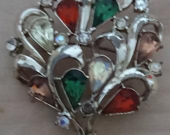 Vintage jewelcraft rhinestone brooch