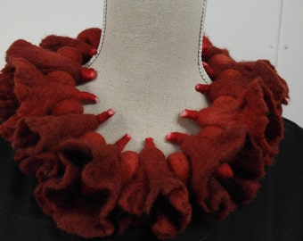 Necklace, collar, jewelry, red felt. Handmade for women.