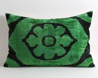 Velvet Ikat Pillow Cover - Green Black Velvet Pillow Decorative Throw Pillows Ikat Cushion Green Velvet Pillow Throw Cushion