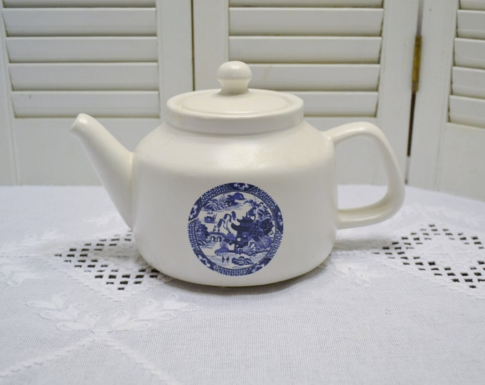 Vintage McCoy Teapot Blue Willow Pattern Blue White Made in USA 163 PanchosPorch