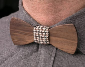 Wooden bow tie, walnut wood bow tie, wedding wood bowtie , gray pocket square, Groomsmen gifts, Boyfriend gift, Gifts for Him, Personalized