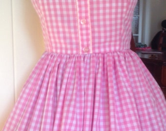 Gingham Vintage Style day dresses.
