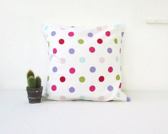 Kids room cushion cover, nursery cushion, Spotty cotton pillow cover, pastel spot pillow, pastel nursery decor, handmade in the UK
