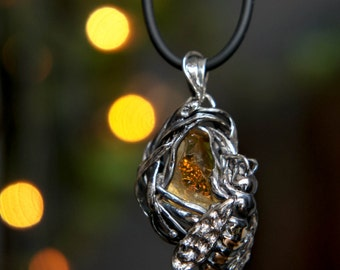 Bee pendant, citrine pendant, sterling silver pendant, citrine jewelry, bee jewelry, insect jewelry, insect pendant, gift for woman