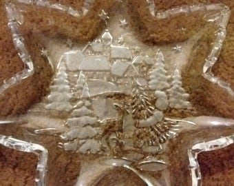 Mikasa Star Shaped Crystal Cookie Plate With Fir Trees and Cabin Beautiful!