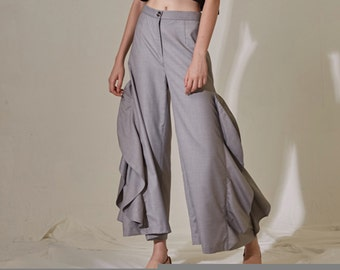 La Chic Parisienne Collection grey wave designed chic pants