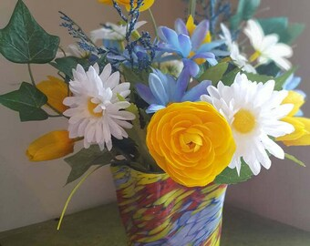 Yellow Tulips, White Daisies, Yellow and White Floral, Silk Flower Arrangement, Glass Vase, Faux Flowers, Spring Flowers, Ranunculus
