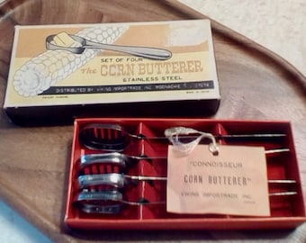 SALE reduced 20% Vintage The Corn Butterer Set of 4 stainless steel butterers, Vintage corn butterers in original box, Vintage kitchen tools