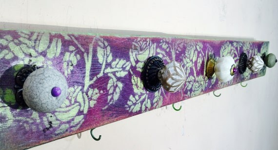 Towel holder bathroom storage bath towel hanger /reclaimed wood art hanging wall rack organizer 6 colorful hooks 5 hand-painted knobs