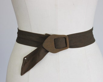 Vintage 1940s Belt With Fabric Covered Buckle / 40s Olive Khaki Green Rayon Belt / World War Two Era / Military Style