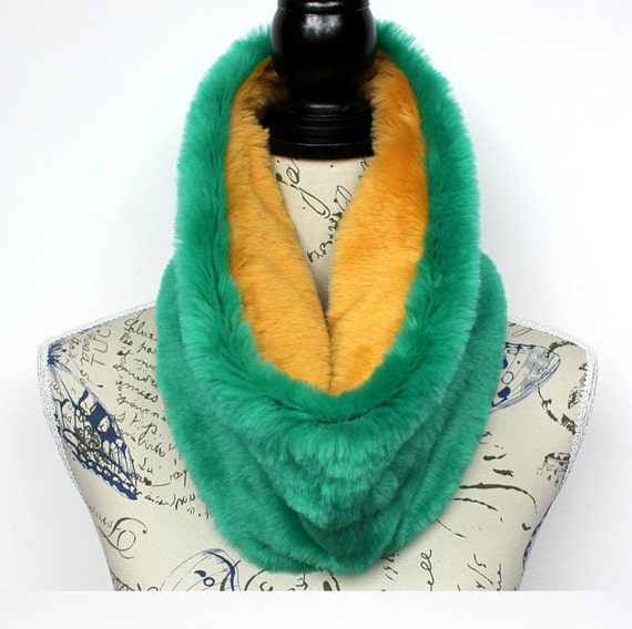 Faux Fur Infinity Winter Scarves Faux Fur Scarf Chunky Scarves Faux Fur Cowl Gift Womens Christmas Gift for her Celebrations Mom Girlfriend