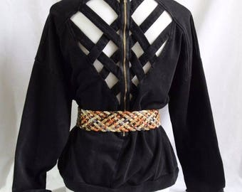 Women's Vintage Baggy 90s Sweatshirt with Cutout Back and Woven Leather Belt