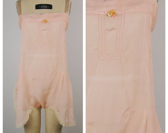 Vintage 1920s Step-in / 20s Blush Envelope Chemise Lingerie / Large to Extra Large