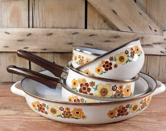 Retro 1970's Enamel Flower Pans, Bowls, Cookware, Retro Kitchen, Enamelware