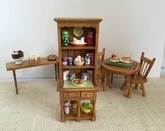 Food Pantry Hutch in Oak with Accessories for 1:12 Scale Dollhouse