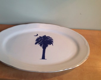 White serving plate and Palm and blue moon, line gold