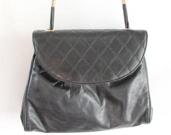 Vintage Quilted Black Leather Bag / Black Leather Bag / Black Leather Shoulder Bag Vintage / Black Leather Bag 80's / Quilted handbag black