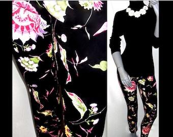 BETSEY JOHNSON Black/Multi Color Floral Eastern/Oriental Print Capri Pant Bottoms 6