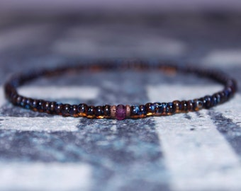 Thin Bracelet - Gift for Him -Mens Jewelry - Tunduru Sapphire with Raw Incrustations - Men's Bead Bracelets