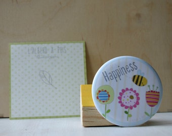 Magnets illustrated with flowers and bees Happiness