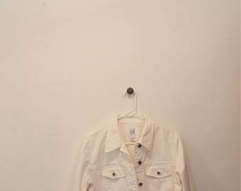 Classic Vintage GAP White Denim Jacket, Size Medium