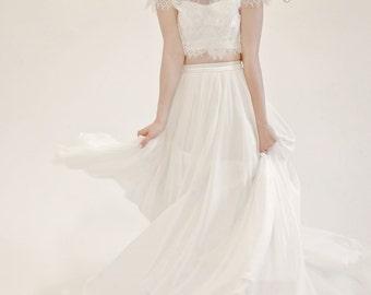 Emily / 3-piece sweetheart neckline wedding dress with chiffon skirt, short sleeve crop top & court length train