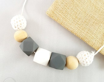 Lulu Teething Necklace, Silicone Teething Necklace, Feeding Necklace, Baby Shower Gift, Wooden Beads, Crochet Beads