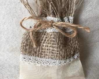 Dragees in Burlap and organza pouch