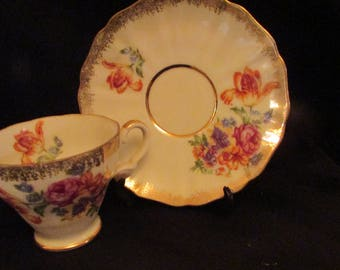 Grimley Cream Petal Tea cup and Saucer with Gold Trim