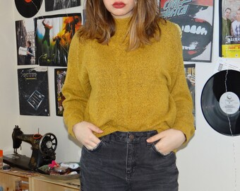 80's Yellow Knit