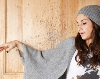 Unisex sailor beanie with ribbed finish in pure cashmere