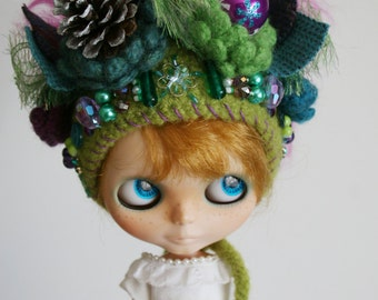 SALE 30%off OOAK Gnome Helmet for Blythe - Crochet Pixie Hat - Wacky Holiday Christmas Holiday Hat