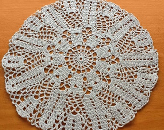 9 inch Crochet Lace Vintage Doily, Round Crocheted Doily in a Beige Tan Color, Wedding Table Doily, Crochet Mandala