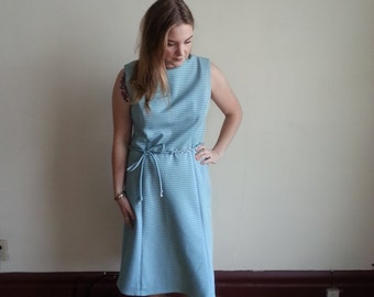 Baby Blue 60s dress with wave pattern! -Large-