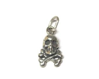 Vintage Sterling Skull Crossbones Charm