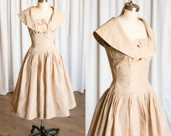 Cliquot dress | vintage 50s dress | 1950s party dress | Carol Craig | 1950s blush / tan / nude taffeta dress | vintage 50s party dress