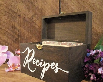 Recipe box, recipe holder, custom recipe box, mother's day gift, gift for mom, grandparent gift, custom recipe box, rustic kitchen decor