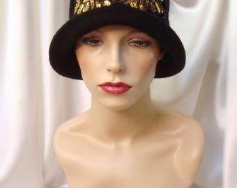 Black Wool 1920s Cloche Hat, Gatsby Style Hat, Downton Abbey Inspired Hat, Phryne Fisher Inspired Hat