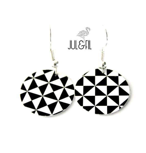 Geometric triangles earrings, black and white