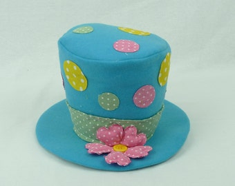"6"" Blue Plush Top Hat w/ Dots/Wreath Supplies/Easter Decor/61956BL"