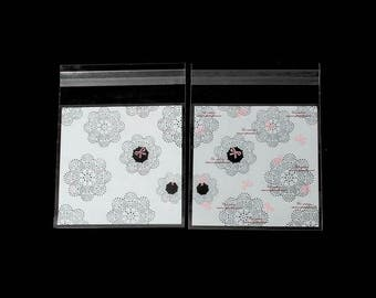 Packets 100 stickers black and white 13x9.9cm flowers