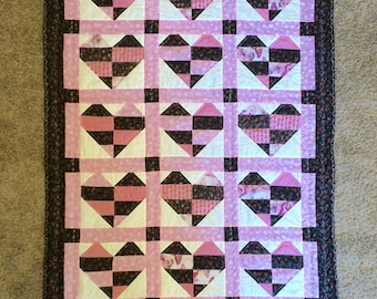 SALE! Lovely Hearts Quilt, Lap Quilt, Toddler Quilt, Couch Quilt 40x60inches, ON SALE 25dollars off!