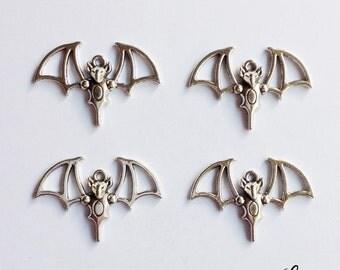 4 bat charms vampire - SCB124