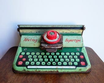 1950's Mettoy Supertype 4317 Green Typewriter Tinplate Toy
