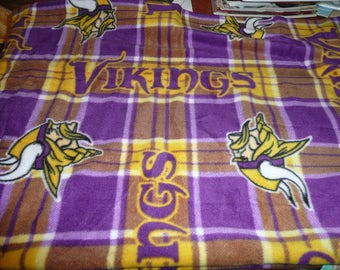 "Minnesota Vikings Fleece Fabric Remnant 58 x 30"" Brand New"