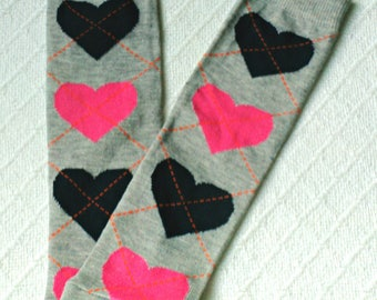 Baby leg warmers girl with hearts, gray baby leg warmers, Grey baby legwarmers,  baby leggings gray, baby leggings grey, argyle leg warmers