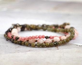 Set of 3 gemstone bracelets. Pink bracelet stack. Labradorite bracelet with clasp Coral bracelet with stones Jade bracelet set Romantic gift