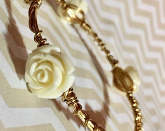 Cream Rose and Gold Wire Wrapped Bangle Bracelet || Bourbon and Bowties Inspired || Bakelite Inspired Roses || Stackable Bracelet