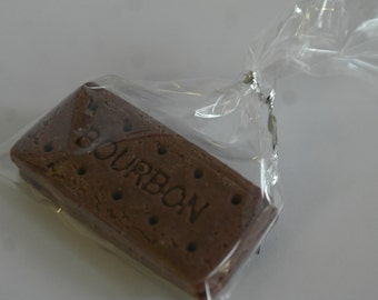 Artisan Solid Milk Chocolate Biscuit Wedding/Party Favours - Bourbon