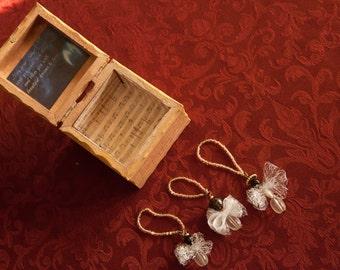 Angel Box with 3 mini Angel Ornaments ( Angel Dreams)